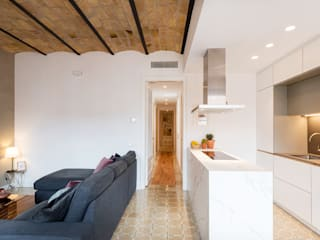 PISO MODERNO EIXAMPLE BARCELONA de LF24 Arquitectura Interiorismo
