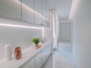 ISADORA MARTEL interiores Corridor, hallway & stairsAccessories & decoration White