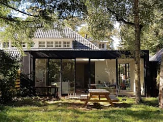 Scandinavian style houses by atelier GisTH Scandinavian