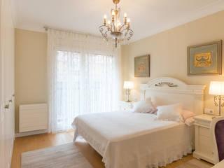 Interiores Dormitorios de estilo mediterráneo de Zisko Foto Mediterráneo
