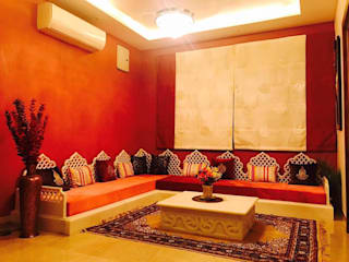 A lavish bungalow Asian style living room by NN Designers Asian