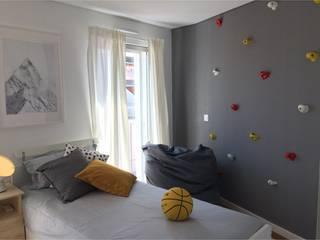 APARTAMENTO CENTRO DE LISBOA - DESIGN DE INTERIORES: Quartos de rapaz  por SOI Home&Store Design,Escandinavo