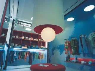 SERPİCİ's Mimarlık ve İç Mimarlık Architecture and INTERIOR DESIGN Office spaces & stores Tekstil Red