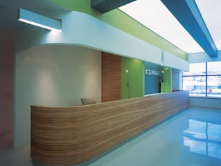 SERPİCİ's Mimarlık ve İç Mimarlık Architecture and INTERIOR DESIGN Kantor & Toko Modern Komposit Kayu-Plastik Multicolored