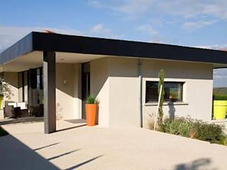 Conception d'une villa par selarl Marc RINUCCINI architecte Moderne