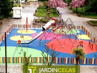 Plaza Eguren de Marín de JardinCelas Moderno