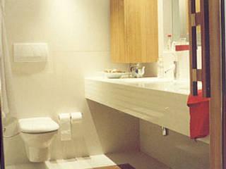 SERPİCİ's Mimarlık ve İç Mimarlık Architecture and INTERIOR DESIGN BathroomFittings Komposit Kayu-Plastik White