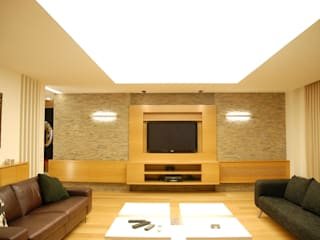 SERPİCİ's Mimarlık ve İç Mimarlık Architecture and INTERIOR DESIGN Living roomTV stands & cabinets Komposit Kayu-Plastik Wood effect