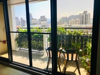 Balcony by 新綠境實業有限公司, Country