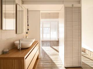 el fabricante de espheras Mediterranean style bathroom