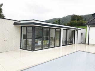 Casas de estilo moderno de Schmidinger Wintergärten, Fenster & Verglasungen Moderno
