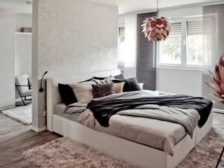 Schlafzimmer ( Musterhaus Wuppertal) von KIN-RAUMDESIGN Skandinavisch
