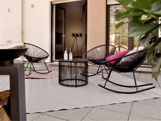 Terrasse ( Musterhaus Wuppertal) von KIN-RAUMDESIGN Skandinavisch