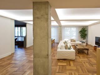 Livings de estilo minimalista de DE DIEGO ZUAZO ARQUITECTOS Minimalista