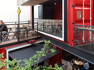 Boutique de Arquitectura ¨Querétaro [Sonotectura+Refaccionaria] Столовая комната в стиле лофт Железо / Сталь Эффект древесины