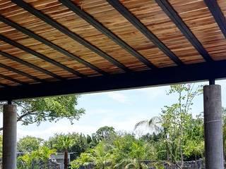 Piedra Alta Jardin de Eventos Balcones y terrazas minimalistas de PETRAM ARQUITECTURA Minimalista