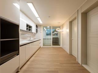 par 곤디자인 (GON Design) Moderne