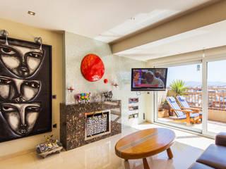 Barreres del Mundo Architects. Arquitectos e interioristas en Valencia. Modern Living Room Ceramic Beige