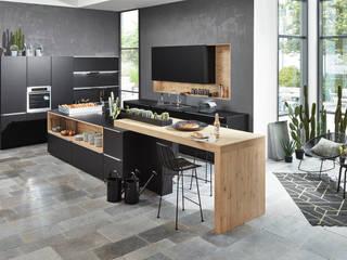 Soft Lack por Master Kitchen, Lda. Moderno