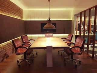 Our Hyderabad Office Classic offices & stores by Design DNA Hyderabad Classic