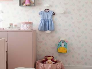Quarto da Antônia JuBa - Arquitetando Ninhos Quartos de bebê Rosa