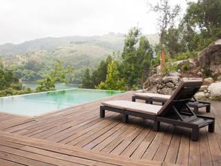 Construção de uma piscina nova em Bloco e revestida a tela armada por Moço das Piscinas