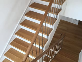 DEKODİZAYN pirinç mob. dek. ltd. şti. Stairs Iron/Steel Wood effect