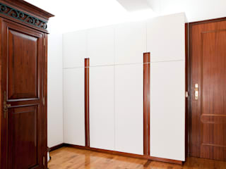 Minimalist dressing room by IN-PROOV Minimalist