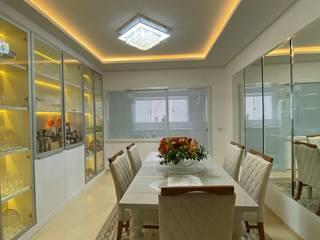 Apartamento decorado Salas de jantar clássicas por Monteiro arquitetura e interiores Clássico
