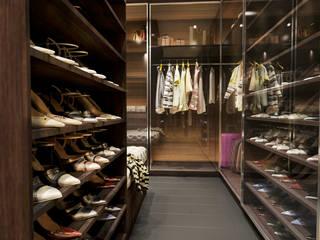 SUDI ARABISTAN BUYUKELCISI SAHSI KONUT Modern Giyinme Odası ARTERA İÇ MİMARLIK VE MİMARLIK Modern