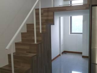 Create a Bed Loft (a.k.a. Furniture Deck or Mezzanine Floor) Minimalist living room by BedLoft Minimalist