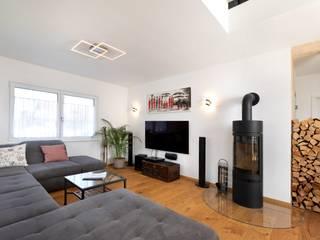 Kundenhaus U237 Moderne Wohnzimmer von TALBAU-Haus GmbH Modern