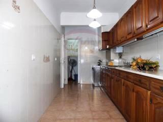 Reabilitação de imóvel Cozinhas rústicas por Greenchallenge Rústico