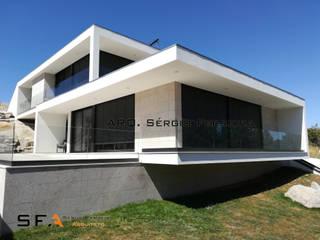 SFA - Sérgio Ferreira Arquiteto / Casa Bento por SFA - Sérgio Ferreira Arquitetos Moderno