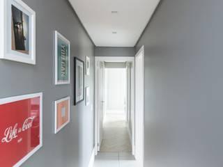 Superstudiob Modern Corridor, Hallway and Staircase Ceramic Grey