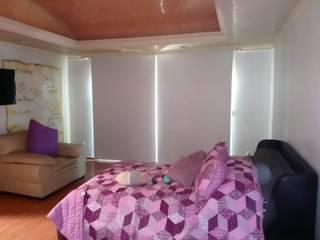 Dormitorios de estilo moderno de ARQUIPERSIANAS Moderno