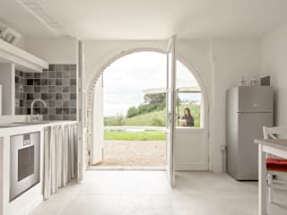 Luca Bucciantini Architettura d' interni Living room کنکریٹ White
