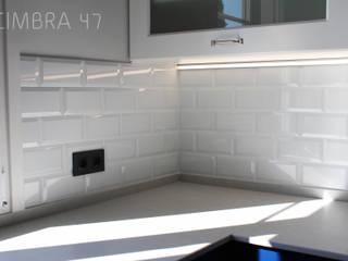 Reforma de una vivienda Cocinas de estilo ecléctico de Cimbra47 Ecléctico