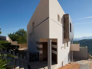 من Barreres del Mundo Architects. Arquitectos e interioristas en Valencia. حداثي