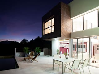 Balcon, Veranda & Terrasse modernes par Barreres del Mundo Architects. Arquitectos e interioristas en Valencia. Moderne
