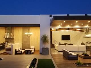 Diseño y Construcción de Patio Balcones y terrazas modernos de Merarki Arquitectos Moderno