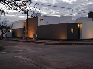 Duplex Batlle Planas Casas minimalistas de Duarte Arquitectura Minimalista