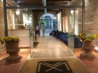 Hotel Maxxim - Ferrara Hotel moderni di Andrea Dolcetti Design Moderno