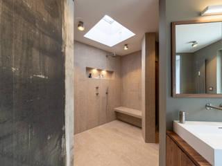 Modern Bad Salle de bain moderne par Vivante Moderne