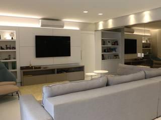 Salon moderne par MONICA SPADA DURANTE ARQUITETURA Moderne