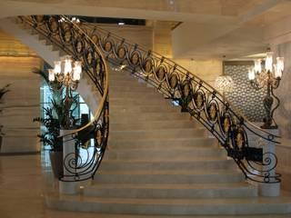 savfer metal sanat atölyesi Stairs Iron/Steel Amber/Gold