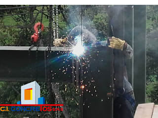 Constructora concretos Commercial Spaces Iron/Steel