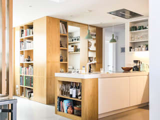 現代廚房設計點子、靈感&圖片 根據 HOA Architecture and Design 現代風