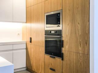 Cocinas de estilo moderno de HOA Moderno