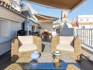 Varandas, alpendres e terraços mediterrâneo por Per Hansen Mediterrâneo